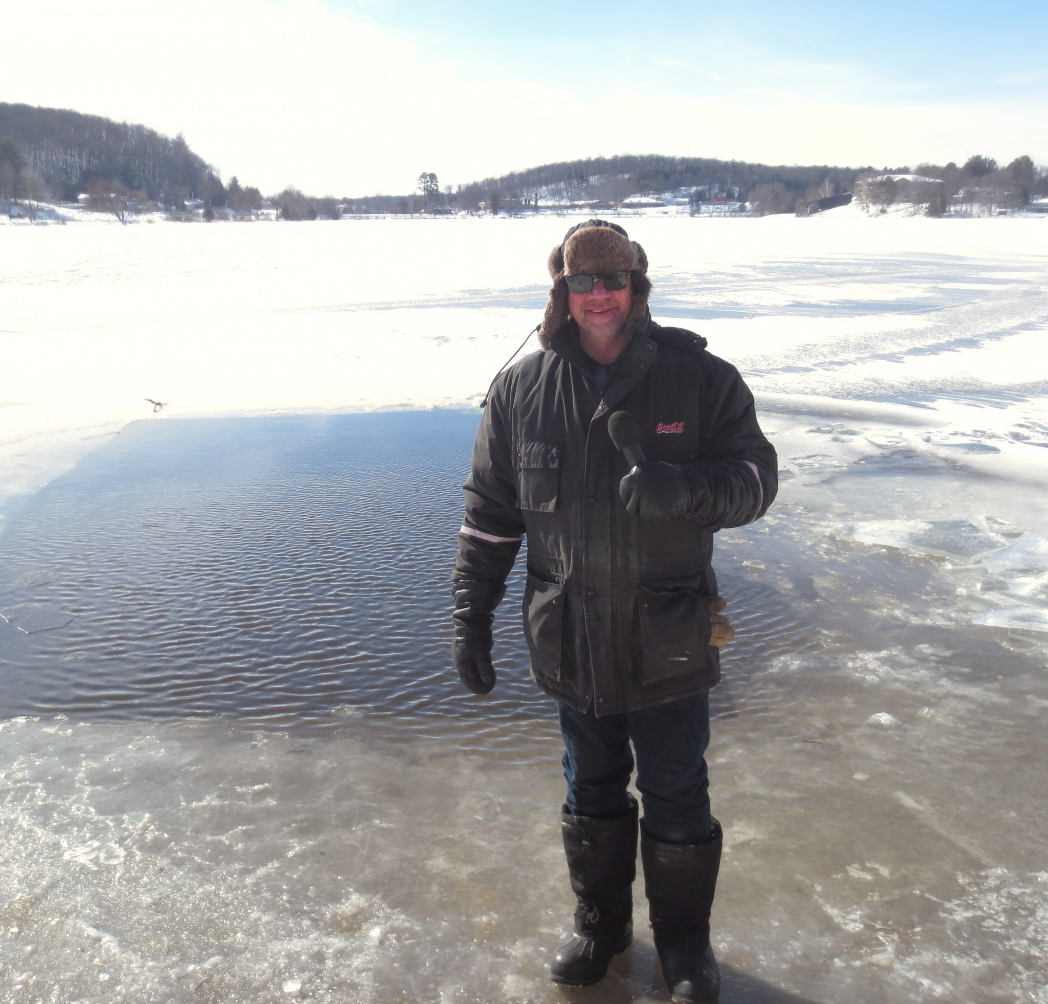 Canoe FM's Ron Murphy reporting  live at Head Lake waiting for the dippers to come out for the 2020 Haliburton Lions Polar Bear Challenge